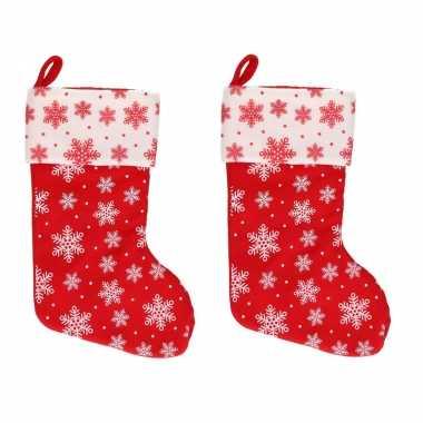 X rood/witte kerstsokken sneeuwvlokken