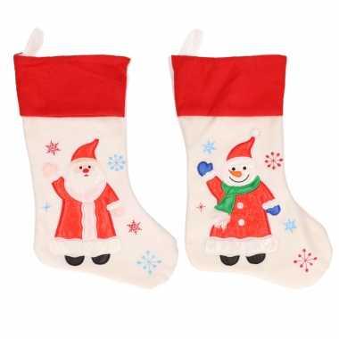 X stuks witte kerstsokken sneeuwpoppen kerstmannen
